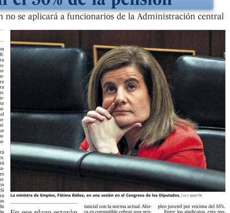 La mirada perdida de la ministra de Empleo  #másqueunafoto