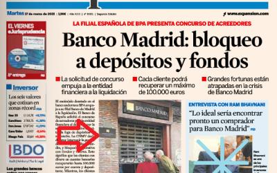 La nota informativa en el cristal de Banco Madrid en #másqueunafoto